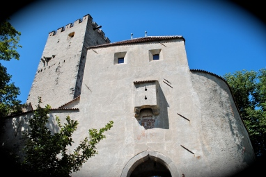 Brüneck castle, home to Messner Mountain Museum