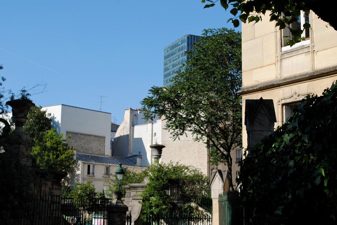 Rue des Arènes