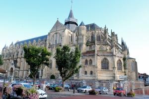 La collégiale de Notre-Dame et Saint Laurent